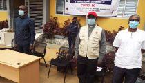 RDC : Remise symbolique de l'assistance à des familles vulnérables de Maluku, N'sele et N'djili à Kinshasa dans le cadre d'un projet de Caritas Congo Asbl pendant la Covid-19