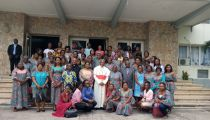 Le Cardinal Ambongo encourage les femmes travailleuses de la Cenco dans leurs initiatives