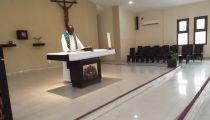 Prière hebdomadaire du mercredi 5 septembre 2018 à la Chapelle du Centre d'Accueil Caritas : Des agents de la Caritas  Congo Asbl hommes et femmes de devoir