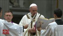 Messe de Noël: le Pape invite à «se laisser envelopper par la tendresse de Jésus»