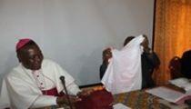 RDC : L'Evêque-Président de la Commission Episcopale Caritas –Développement  pour des agents de la Caritas nationale modèles par leur façon de parler, de vivre et de travailler