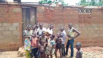 Sud-Ubangi: 1ère aide et SOS de Caritas Budjala pour les sinistrés des vents violents à Bokonzi