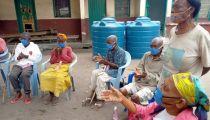 KINSHASA : les personnes âgées soutenues par la Caritasface à la Covid-19