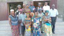 Caritas de la paroisse  Saint Antoine de Padoue, à Kinshasa, RD Congo : Orphelins,  personnes de 3ème âge,      vulnérables et veuves bénéficiaires des  activités menées