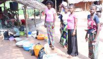 Nord-Ubangi : le moulin du « CLER » Lizulu appuie financièrement l'entretien des routes vers Molegbe