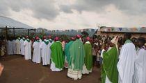 Au cours d'une visite des réfugiés congolais au Burundi , les Évêques de l'Afrique Centrale s'engagent à plaider pour eux